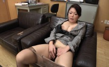 Big-breasted Asian tart knows how to suck on a mighty jackh