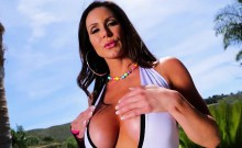Voluptuous and horny Kendra Lust gets banged by Lexington