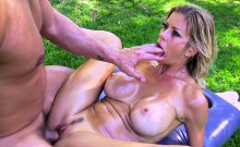 Hot Blonde MILF Alexis Fawx Fucked after a Massage