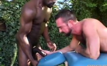 Black Masseur Raw Dawgs