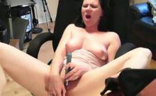 Horny lady Mina rubs and masturbates her cunt