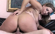 Busty blonde Nikki Sexx gets her twat fucked hard and takes