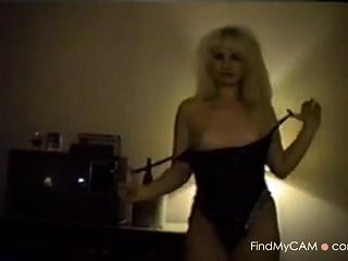 Slow Erotic Amateur Striptease
